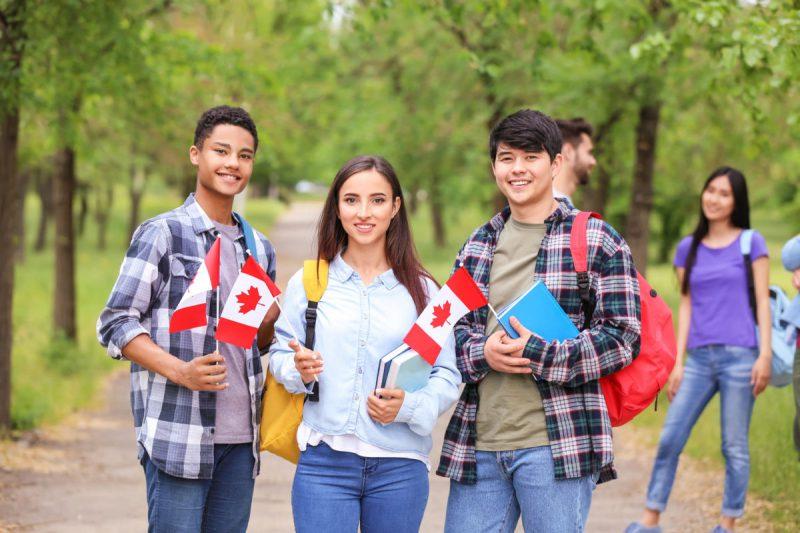 اجازه کار بعد از تحصیل در کانادا