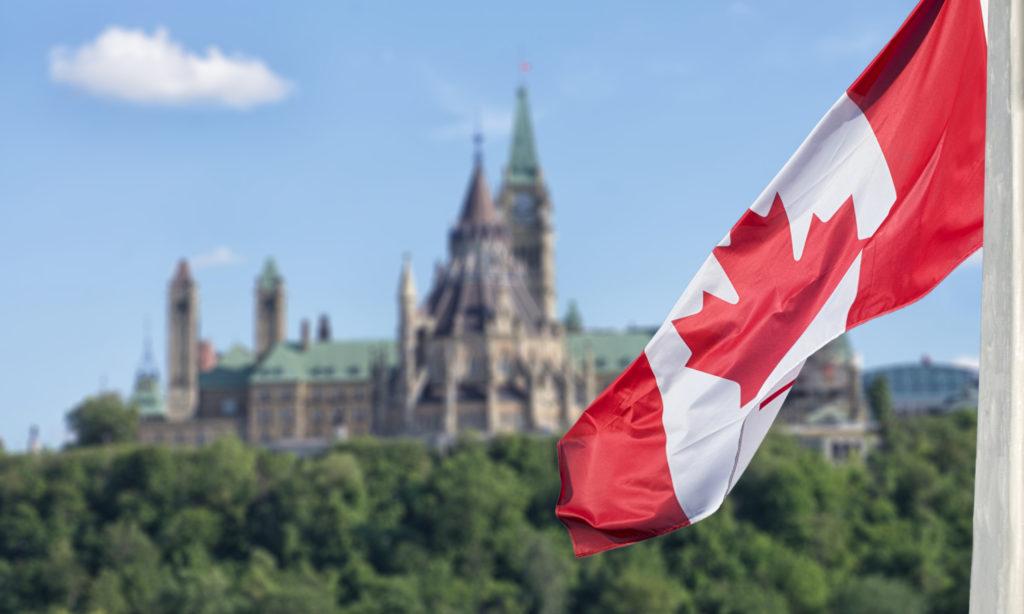 خدمات دریافت اقامت دائم در کانادا